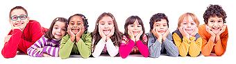 PVF Gruppenfoto Kinder liegend