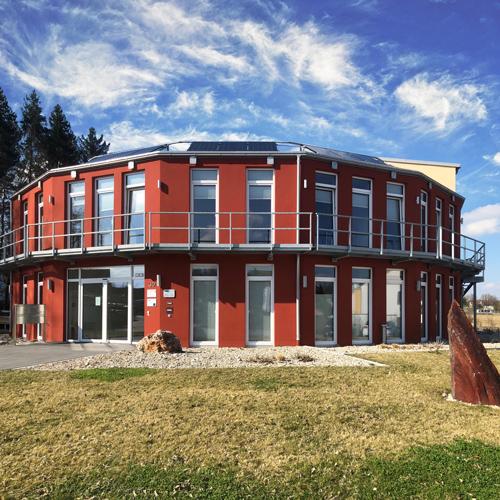 Ansicht Gebäude // PVF Mesh & Screen Technology GmbH // Markt Schwaben